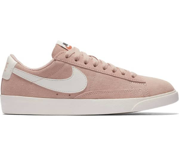 NIKE Blazer Low Femmes Baskets - 1