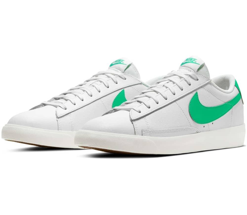 Blazer Low Leather Men Sneakers