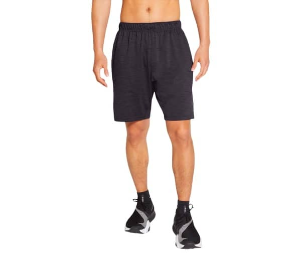 NIKE Yoga Dri-FIT Herren Trainingsshorts - 1