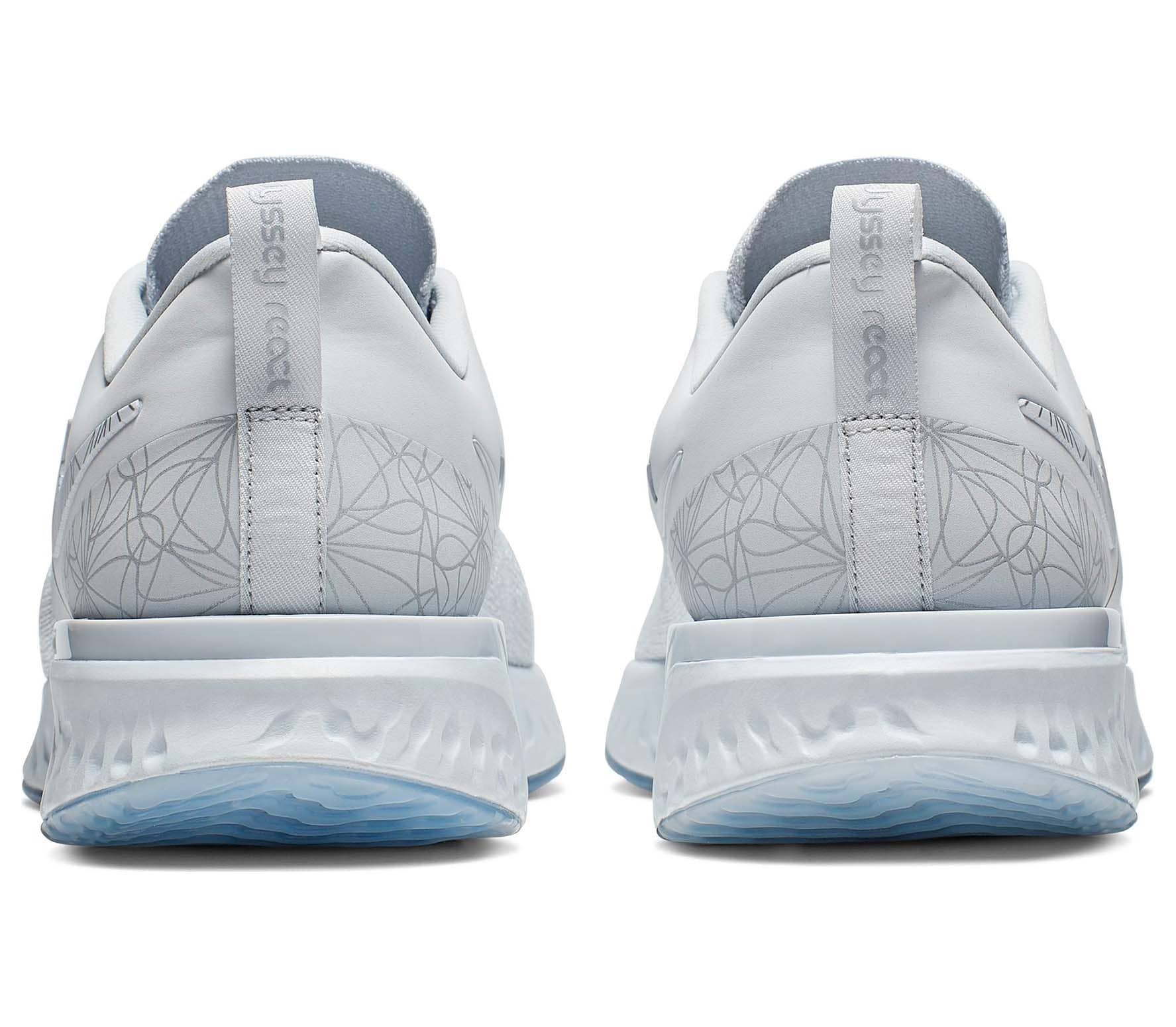 Nike - Odyssey React Flyknit 2 Hommes chaussure de course (blanc)