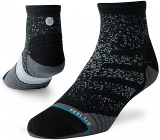 Uncommon Run QTR Men Running Socks