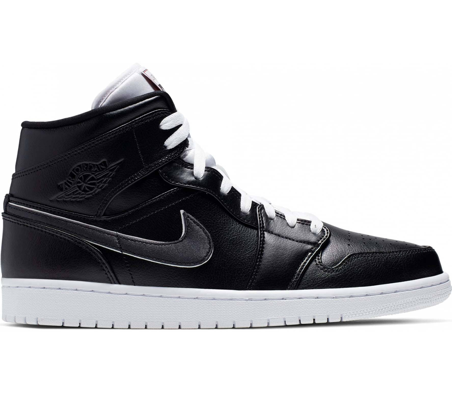 design intemporel 918a4 4c68f Jordan Air Jordan 1 Mid SE Men Sneakers black