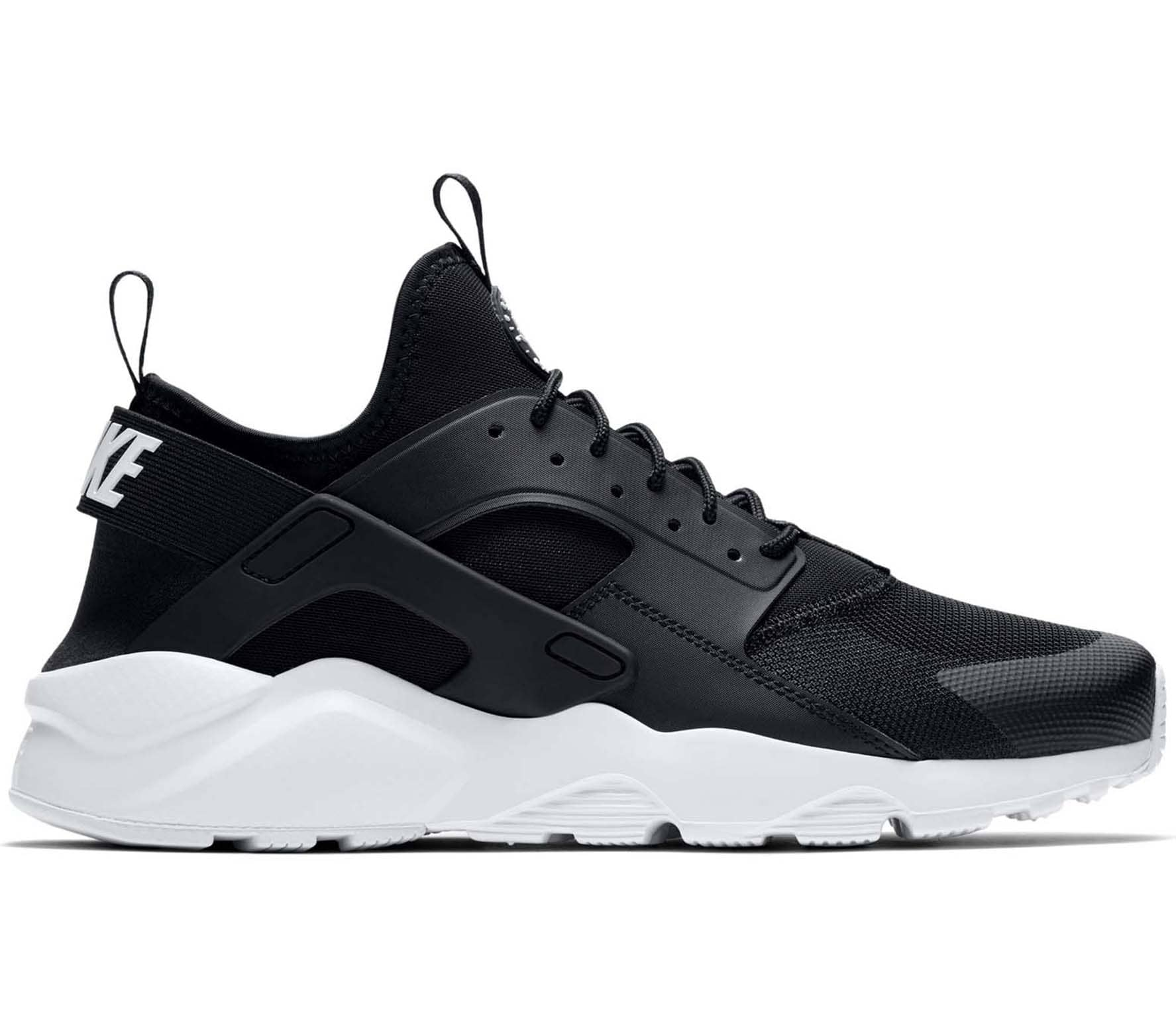 air huarache run ultra zwart