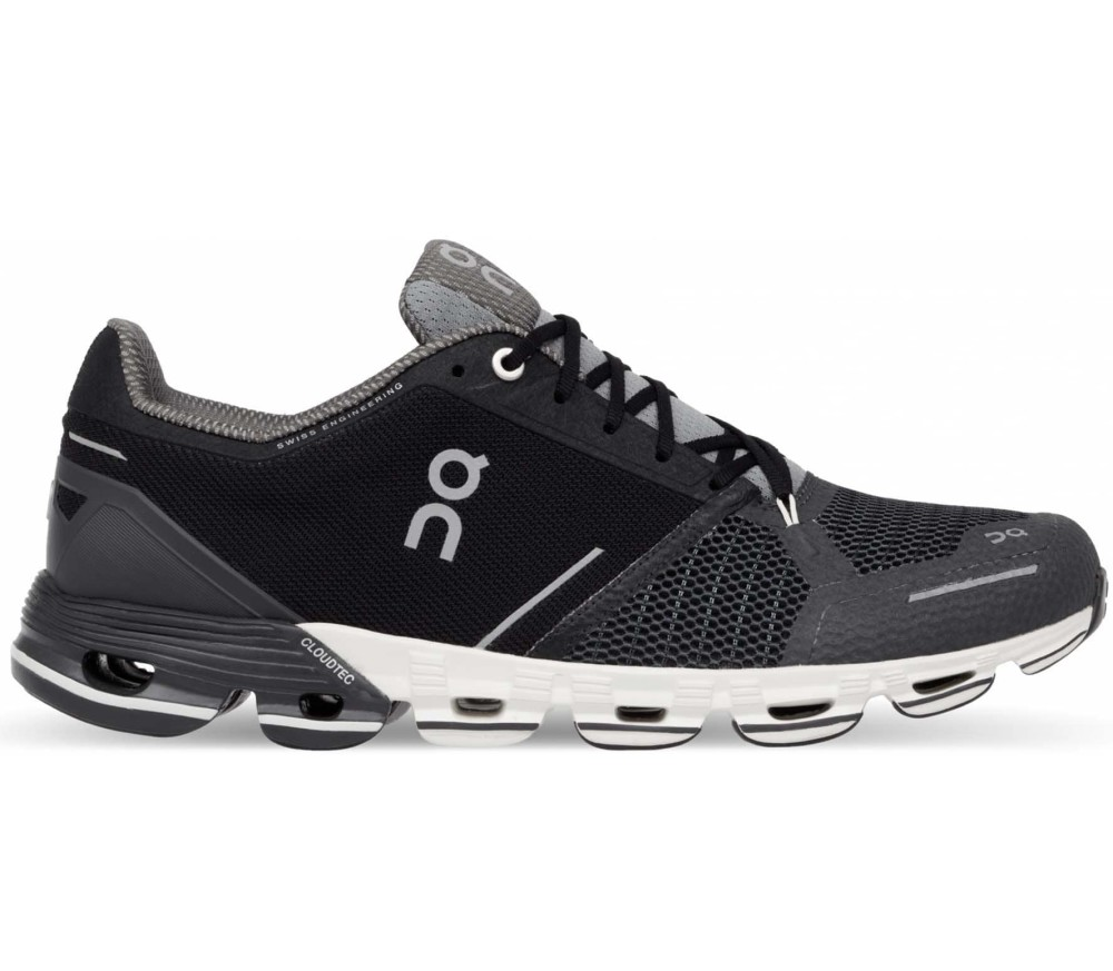 ON Cloudflyer Women Running Shoes (black white) 169,90 €