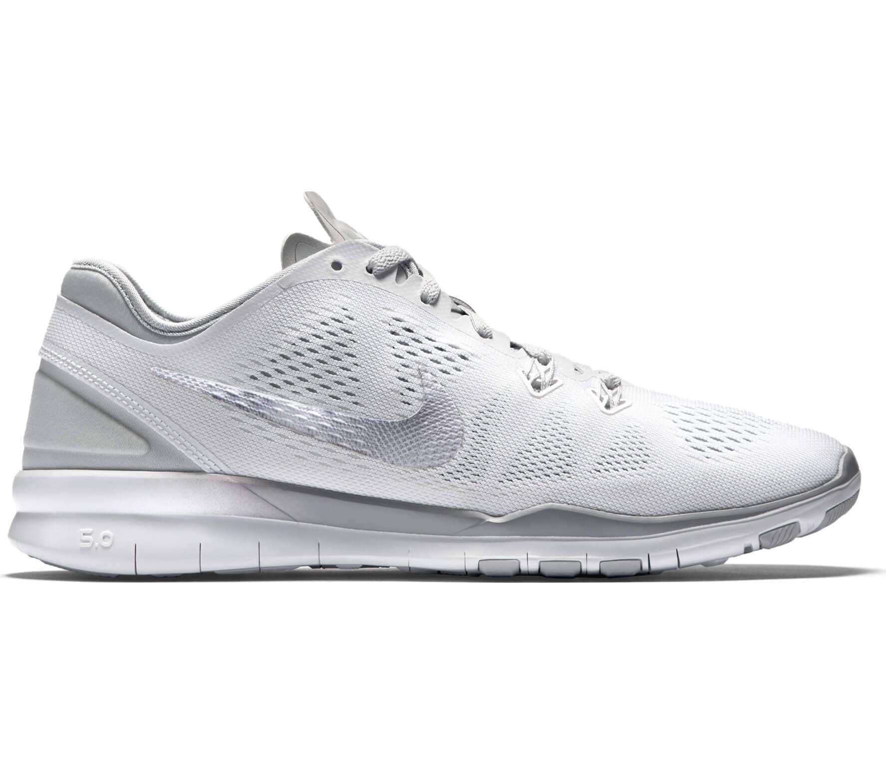 check out 037a6 d1411 ... wholesale nike free 5.0 tr fit 5 dam utbildning sko vit silver f8c88  590f9